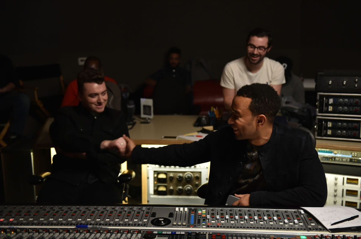 Sam Smith - Lay Me Down (Red Nose Day 2015) ft. John Legend 2