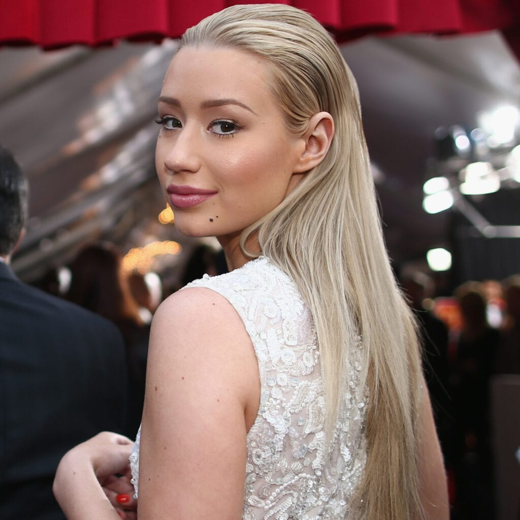 Iggy-Azalea-Headlines-Video