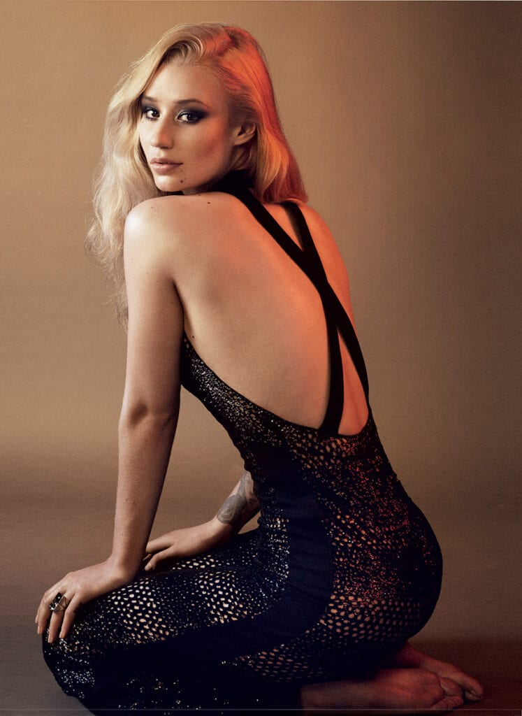 iggy-azalea-april-2015-vogue-1